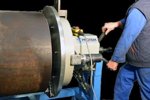 US450 - Machine chanfreineuse de tubes avec moteur pneumatique