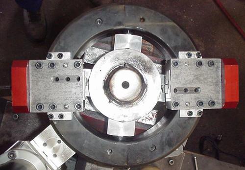 TTSNG48 - Machine à couper et chanfreiner des tubes de 10 à 48 mm