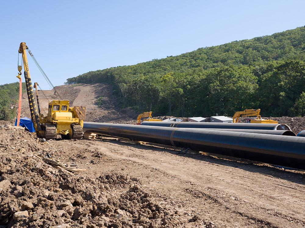 industry-pipelines.jpg